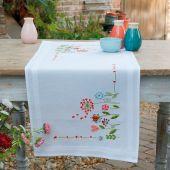Kit de chemin de table à broder - Vervaco - Fleurs