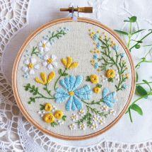 Kit de broderie sur tambour - Tamar Nahir Yanai - Jardin fleuri
