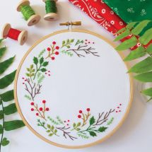 Kit de broderie sur tambour - Tamar Nahir Yanai - Couronne de Noël