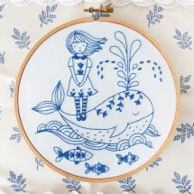 Kit de broderie sur tambour - Tamar Nahir Yanai - La fIlle et la baleine