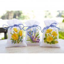 Kit de sachet senteur à broder - Vervaco - 3 sachets - fleurs