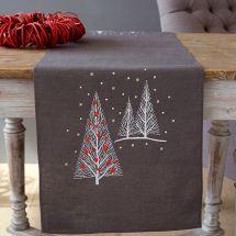 Kit de chemin de table à broder - Vervaco - Arbre de Noël