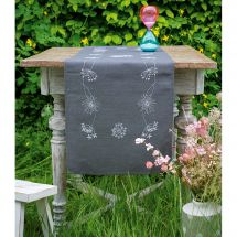 Kit de chemin de table à broder - Vervaco - Fleurs blanches