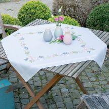 Kit de nappe à broder - Vervaco - Fleurs et feuilles