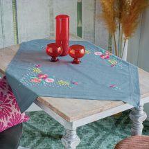 Kit de nappe à broder - Vervaco - Fleurs multicolores