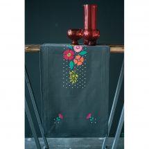 Kit de chemin de table à broder - Vervaco - Fleurs multicolores