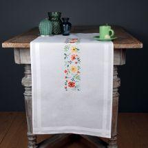 Kit de chemin de table à broder - Vervaco - Fleurs fraîches