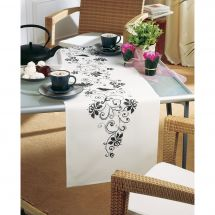 Kit de chemin de table à broder - Vervaco - Fleurs monochrome